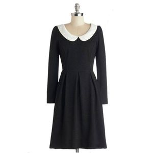 Dresses & Skirts - Black Dress with White Collar XL NWT